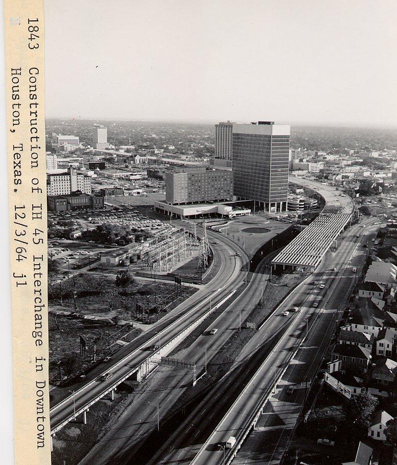 i45_downtown_curve_12_3_1964.jpg